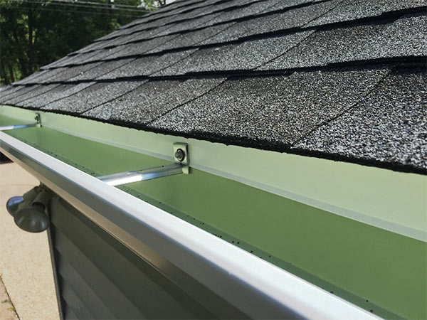 instalar canalones de acero galvanizado