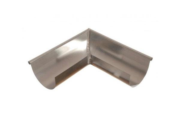 Detalle de inglete interior para canalón de zinc